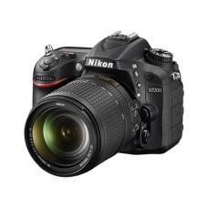 Nikon D7200 kit AF-S 18-140 VR